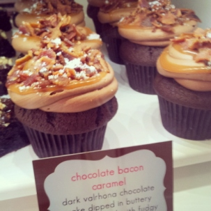 ConfeXion - Bacon Chocolate Cupcake