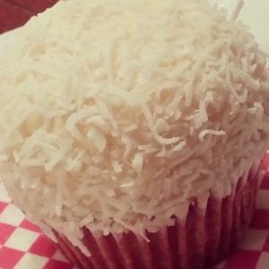 Auntie Em's Kitchen - Coconut Cupcake