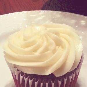 Mommie Helen's Bakery - Red Velvet Cupcake
