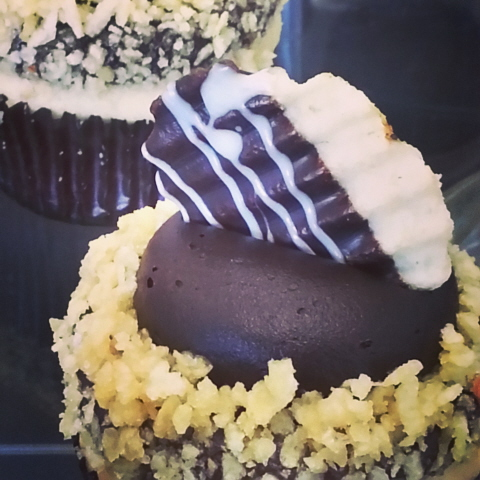 My Delight Cupcakery - Chocolate Covered Potato Chip