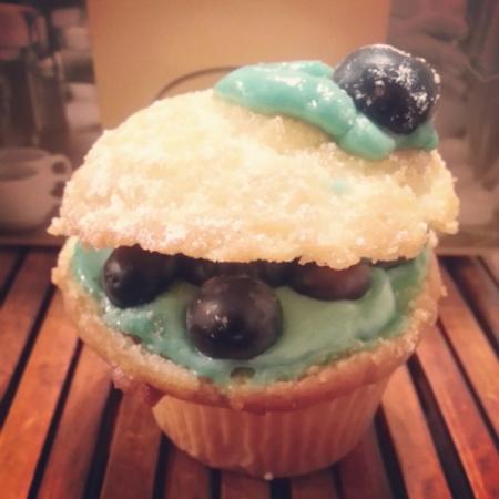 Porto's Blueberry Strati Cupcake
